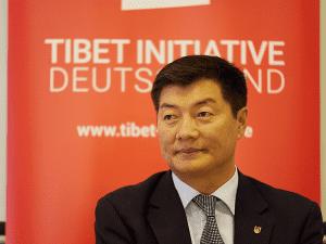 Sikyong Dr. Lobsang Sangay auf der Mitgliederversammlung der TIbet Initiative Deutschland. (c) Andreas Printz/Tibet Initiative